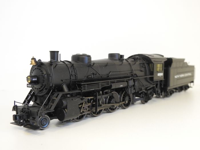 """Trix H0 - 22311 - Steam locomotive with tender - 2-8-2 """"Mikado"""" from the United State Railroad Administration (USRA) - New York Central"""
