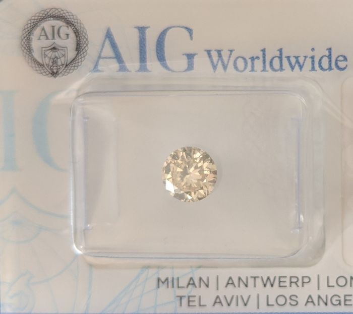 Diamant - 0.65 ct - Rond - fancy light green - SI1, No Reserve Price