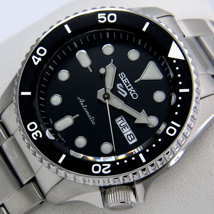 """Seiko - """"NO RESERVE PRICE"""" - 24 Jewels """"Black Dial"""" - - - Homme - 2011-aujourd'hui"""