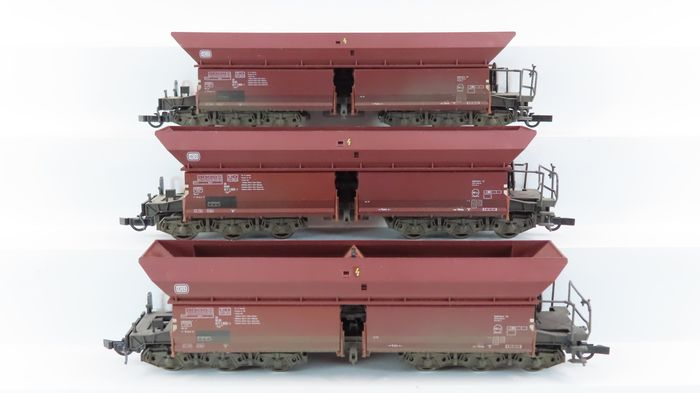 Roco H0 - 46251 - Freight carriage - 3 Four-axle self-unloaders type Fad - DB