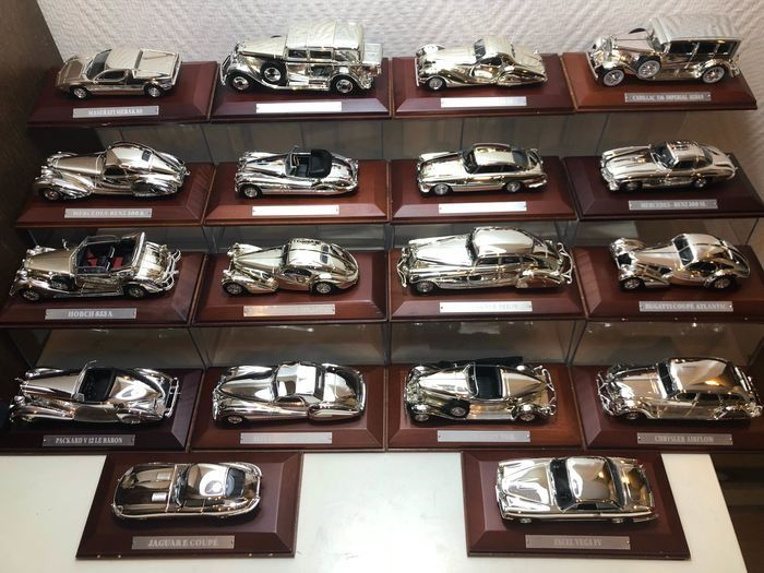 Silver Cars - 1:43 - Silver Cars Collection x 29 - In original sealed packaging.