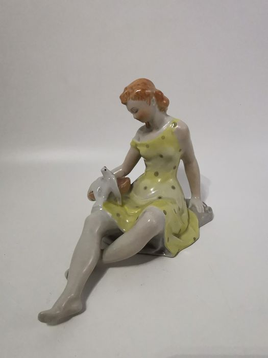 """Drasche Budapest - """"Art Deco woman with dove"""" - Hand Painted (Rare colours dress) - (Balogh Béla)"""