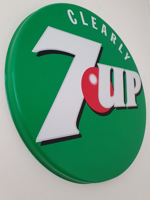 Clearly 7-up (Seven-up) - reclame wandbord - blik - ijzer