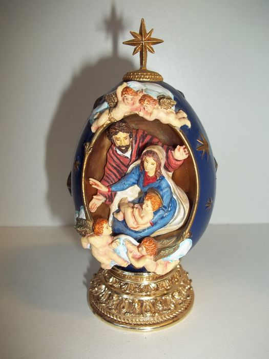 """House of Faberge - """"The Nativity"""" - A Nativity Collector Egg - Limited Edition - Marked - Very good condition."""
