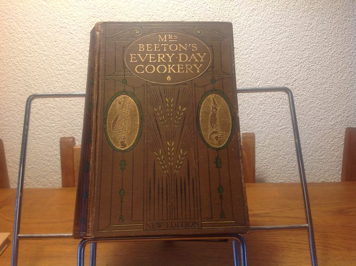 Mrs. Beeton and miss Tuxford - Mrs Beeton's every day cookery - 1909