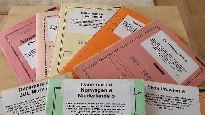 Denemarken - Old dealer booklets selection