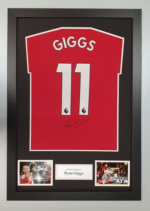 Manchester United - English Premier League - Ryan Giggs - Jersey(s)