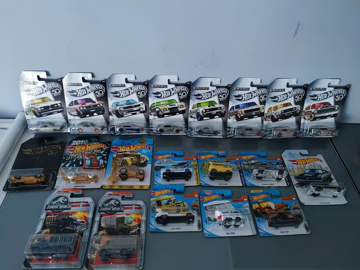 Hot Wheels - 1:64 - 20x different models