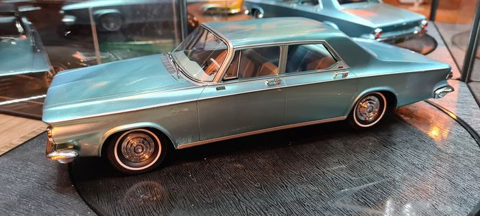 BoS Models - 1:18 - Chrysler Newport - BOS315 Chrysler USA