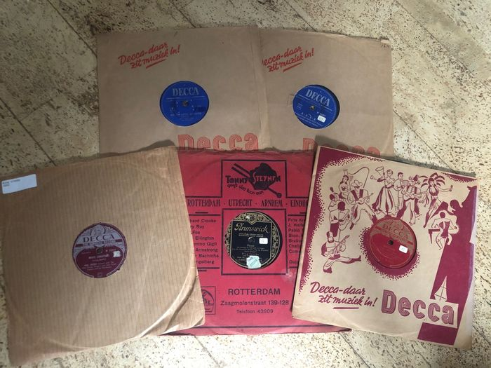 Bill Haley, Bing Crosby, Andrew Sisters, Dean Martin and more. - 78 Rpm - 78 tours/min - Gomme laque
