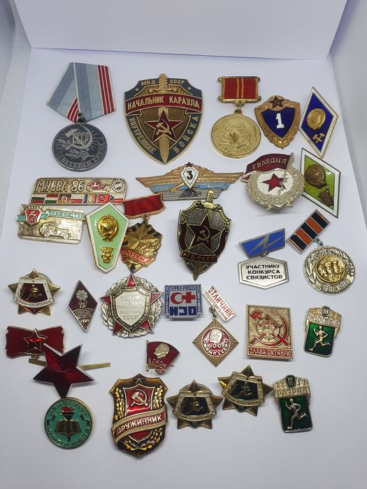 Russia - Collection of Russian  medal, badge Emblem Pin USSR - Badge, Medal
