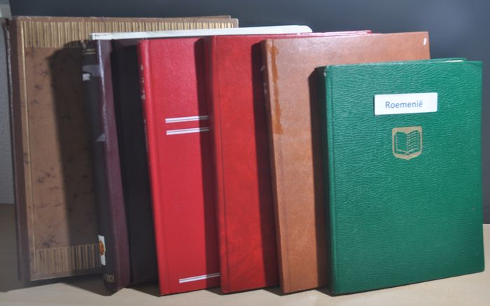 East European countries - Batch in various stock books and albums