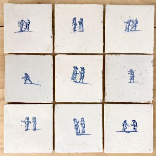 A set of 9 antique Delft tiles with people and children's games, around 1650 (9) - Earthenware