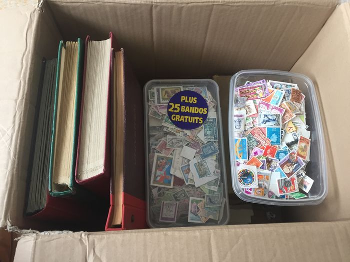 Mondo - Batch of stamps in a box, approx. 9.5 kilograms