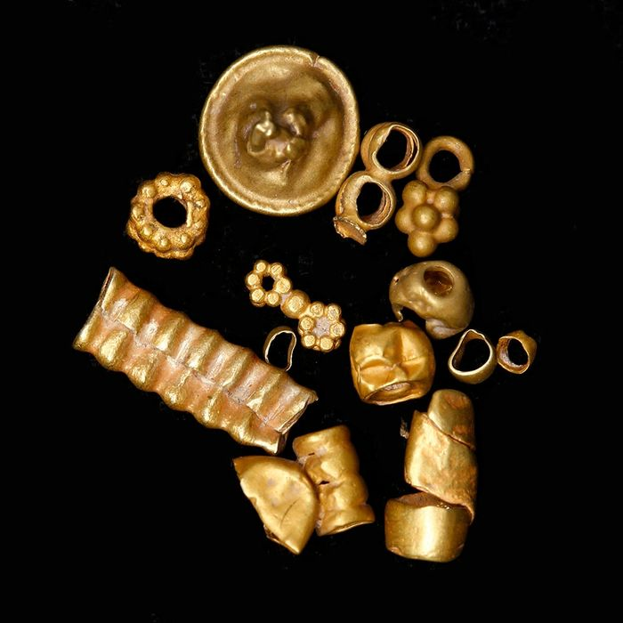 Selection of Near Eastern Gold Beads