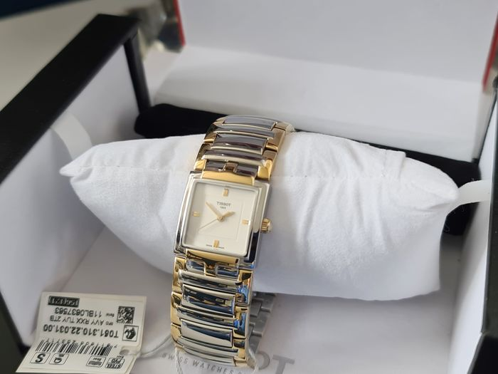Tissot - classic T steel and gold plated - lady0513 - Donna - 2011-presente