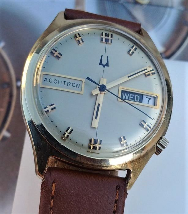 """Bulova - Accutron - Day Date - """"NO RESERVE PRICE"""" - 2182-N1 - Homme - 1971"""