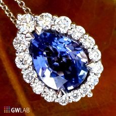 14 kt. White gold - Necklace with pendant Sapphire - Natural Blue - Diamonds - No Reserve