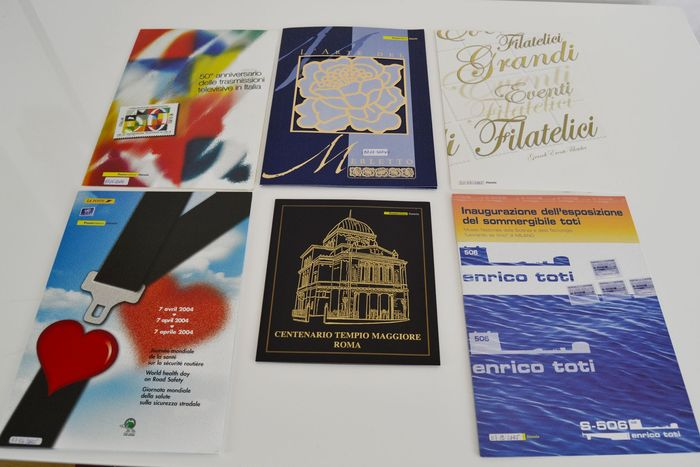 Italie 1997/2007 - Italy Republic 1997/2007 - collection of 85 philatelic folders of the period