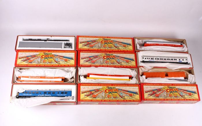 Walthers H0 - from 1967A to 1967L - Train set complete - 12x The Great Circus Train - Private owners