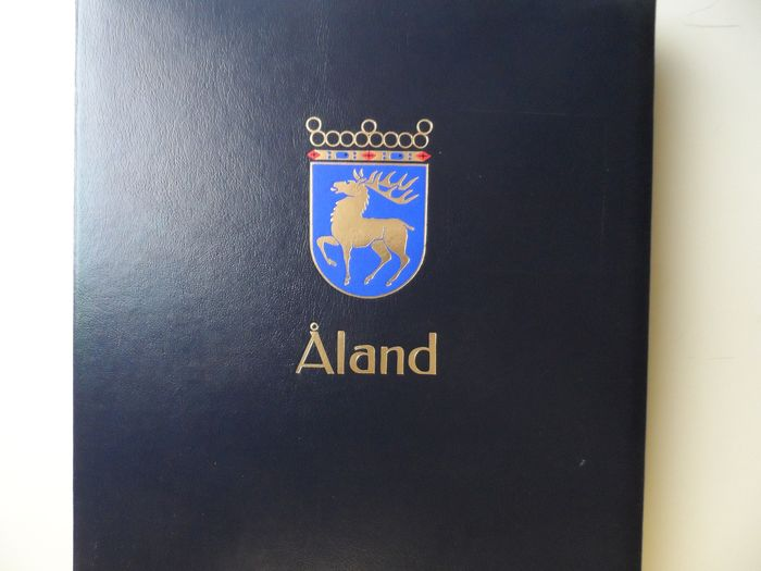 Åland Islands 1984/2011 - Collection in Collection in Davo-Luxe album and Stock book filled a.o. face value