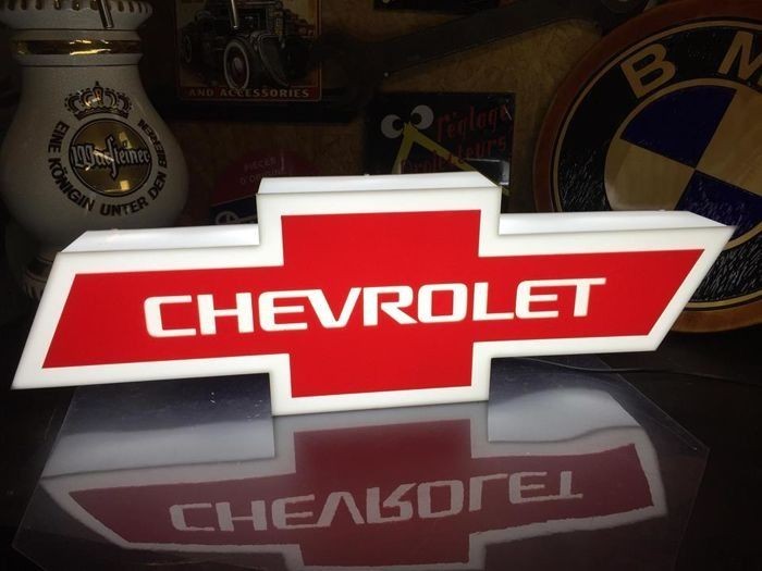 Decoratief object - XL Chevy advertising Display collectible Promotional item wall  lightbox - Chevrolet - Na 2000