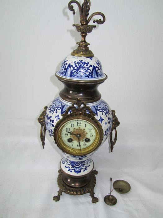 Mantel clock with L. Brocot movement - Brass, Bronze, Earthenware - Approx. 1900