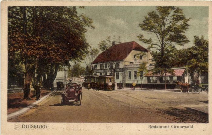 Germany - Railways -With stations, trains, trams in the street scene - also mountain railway - Postcards (Collection of 70) - 1900-1950