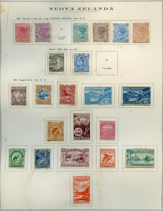 Neuseeland 1900/1930 - Stamps of the period on old album sheets