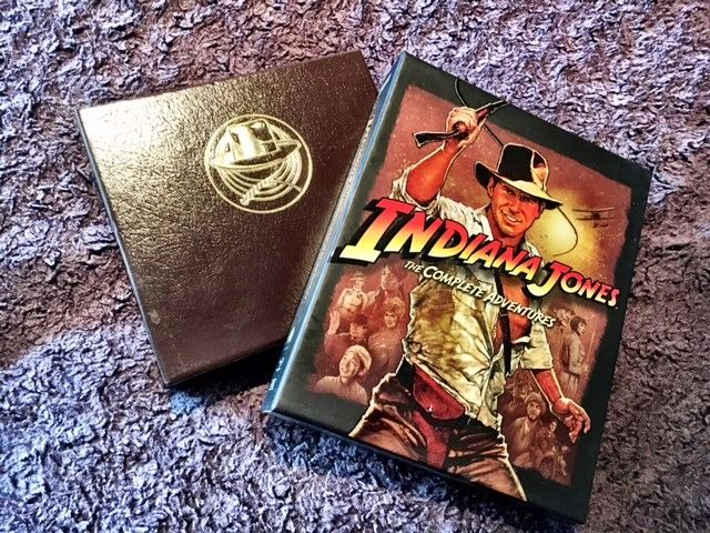 Indiana Jones I-IV - Lot of 2 - The Complete Indiana Jones Soundtracks (5x CD Box) & Movies (5x Blu-Ray Box) - Édition collectors, see images and description