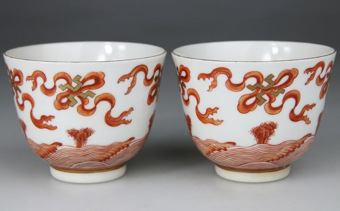 Cups (2) - IJzer rood - Porselein - E-mail - Guangxu Mark - China - Volksrepubliek China (1949 - heden)