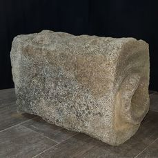 Ancient Roman Granite Atanor or piece of Roman aqueduct in granite stone. - 42×28×67 cm
