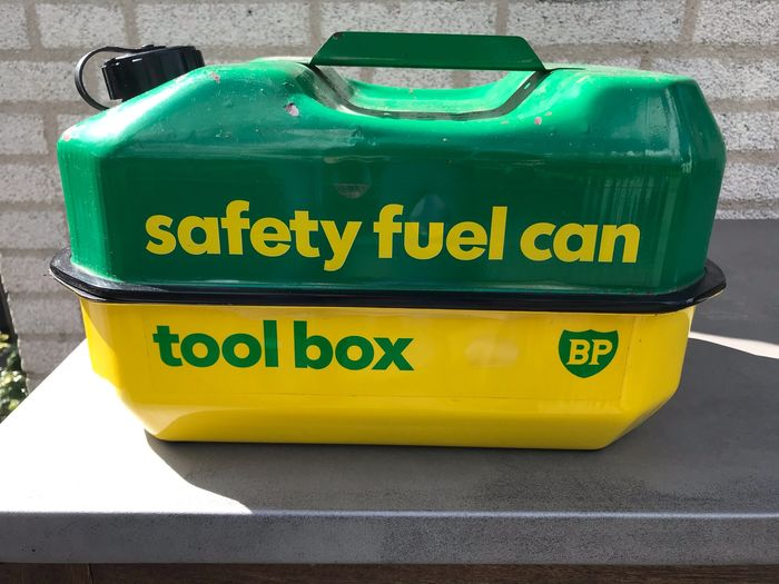 Benzinepomp/tank - BP Safety Fuel Can Toolbox - BP