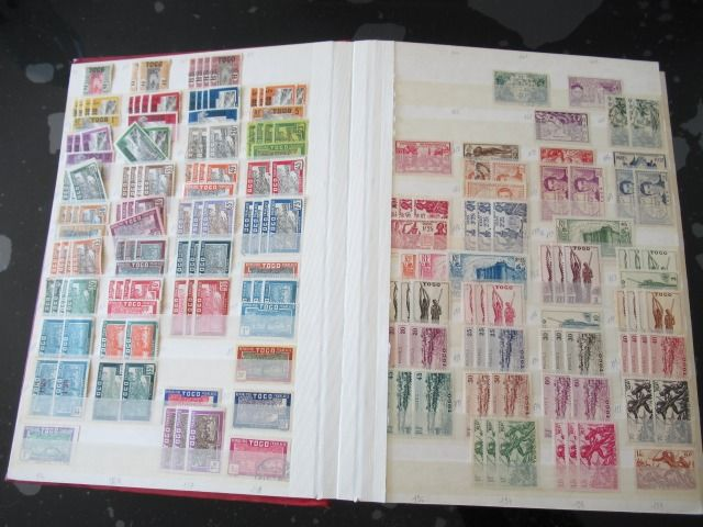 French Colony - Significant collection of stamps - Volume 1.