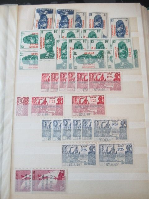 Colonia francese - Collection of stamps.