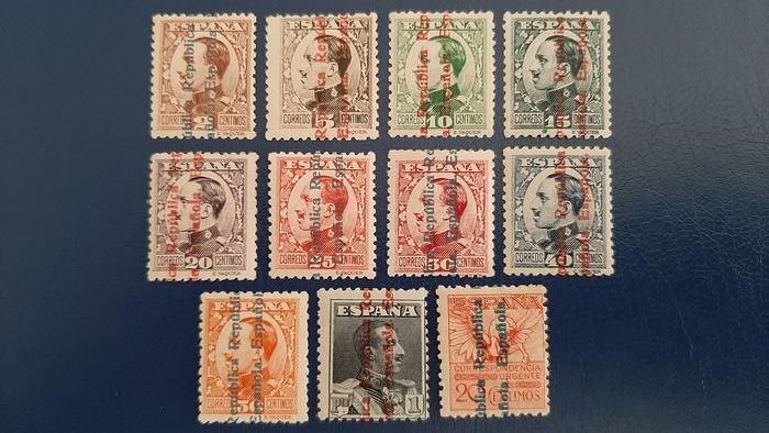 Spagna 1922/1931 - 2nd Spanish Republic. Alfonso XIII complete set, overprinted. - Edifil 593/603