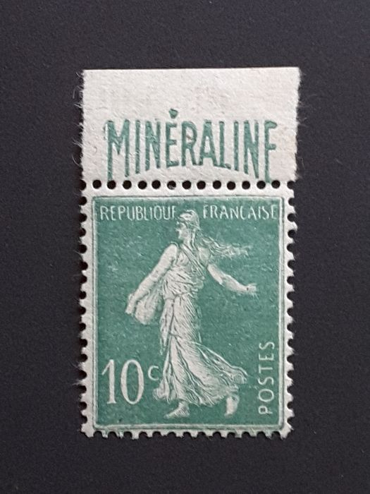 France 1924/1926 - Semeuse with solid background, 10 centimes green with Minéraline advertising strip. - Yvert 188A