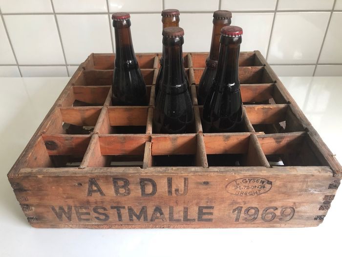 Westmalle - Dubbel - with Wooden Crate stamped 1969 - 33cl - 5 buteleki