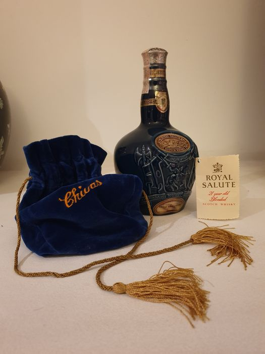 Chivas Brothers 21 years old Spode Decanter - 70 cl
