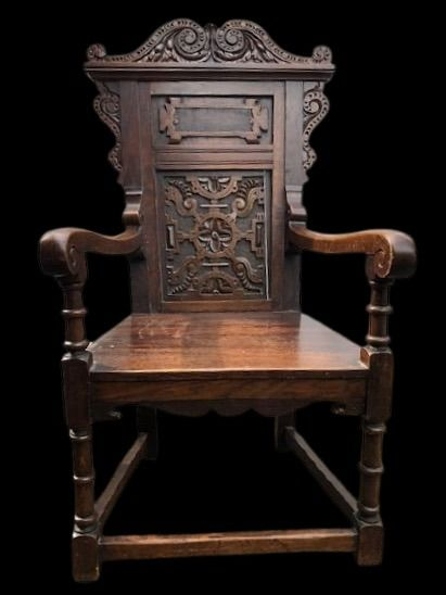 Fauteuil, a so-called Wainscot chair - Eik - in 17th century style