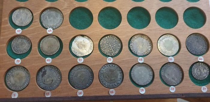 Vereinigtes Königreich. Collection with Penny, Threehalf Pence, Groats, 6 Pence and Shilling period Elizabeth I (68 coins)
