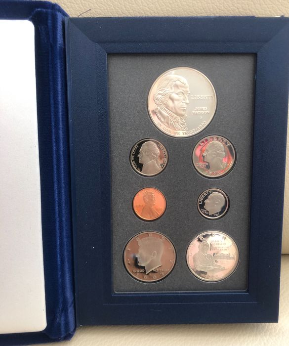 """United States. Proof prestige set 1993, incl. """"Bill of Rights"""" commemorative coins."""