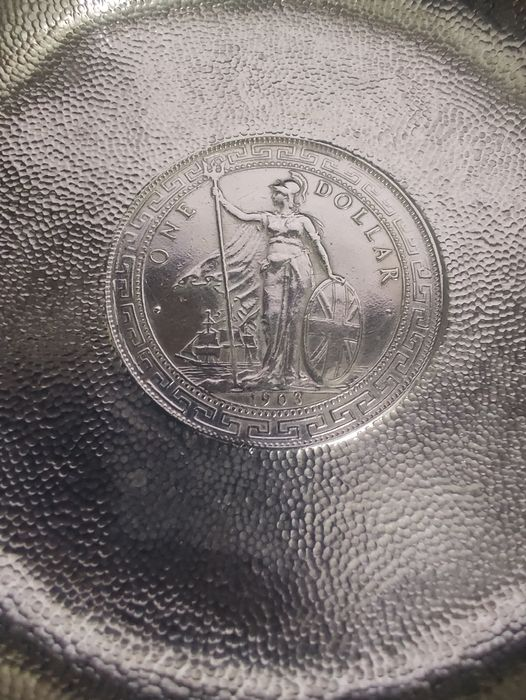 British Hong Kong. silver plate coin memento (Trade Dollar) the coin was minted in 1903