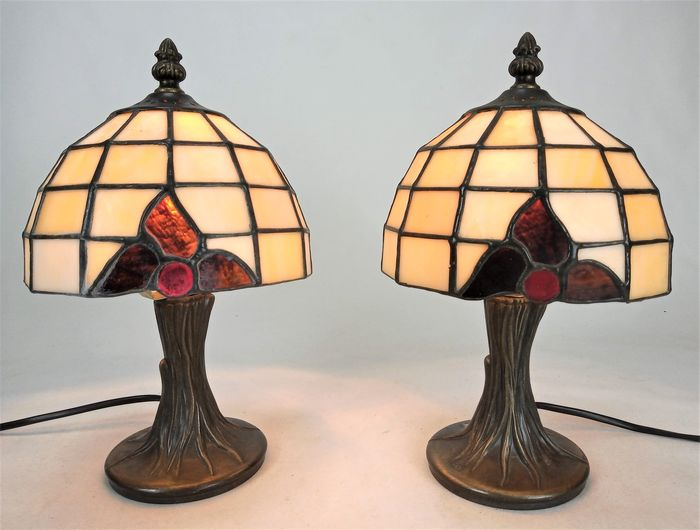 Beautiful set of lamps Tiffany-style - Art Deco - Glas-in-lood
