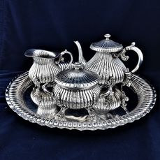 Coffee service, Ornate, wonderful shape - .800 silver - Italy - Early 20th century