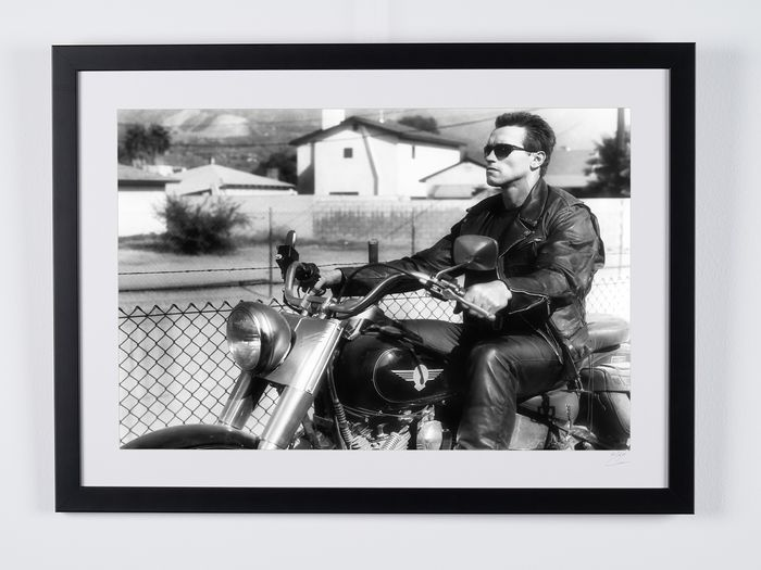 """Terminator 2 Judgment Day - Arnold Schwarzenegger as """"The Terminator"""" - Movie Collector Edition - Foto, Framed. with Coa - nr 03/50 - 70X50 cm"""