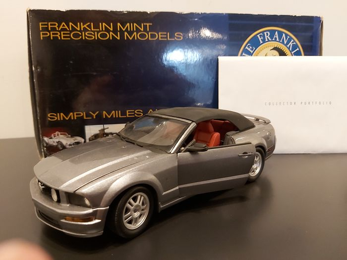 Franklin Mint - 1:24 - Ford Mustang Convertible - 2007 - Limited edition