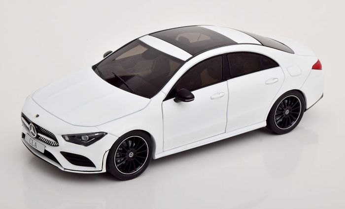 Solido - 1:18 - Mercedes-Benz CLA Coupe (C118) AMG line - year 2019 - Weiß