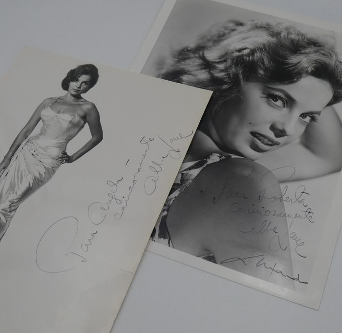 Abbe Lane - American Actress and Singer - Lot of 2 - Autografo, Foto - See images and description