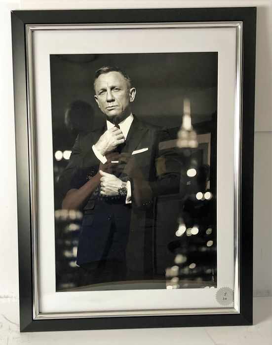 James Bond - Daniel Craig as 007 - Photo, Limited edition - Framed with Certificate